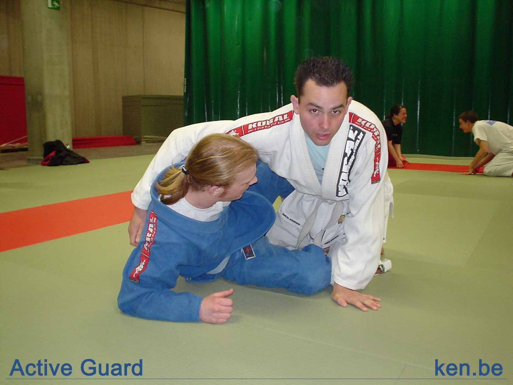 http://www.ken.be/gallery/Vechtsporten/Technieken/Ground%20Positions/active_guard.jpg